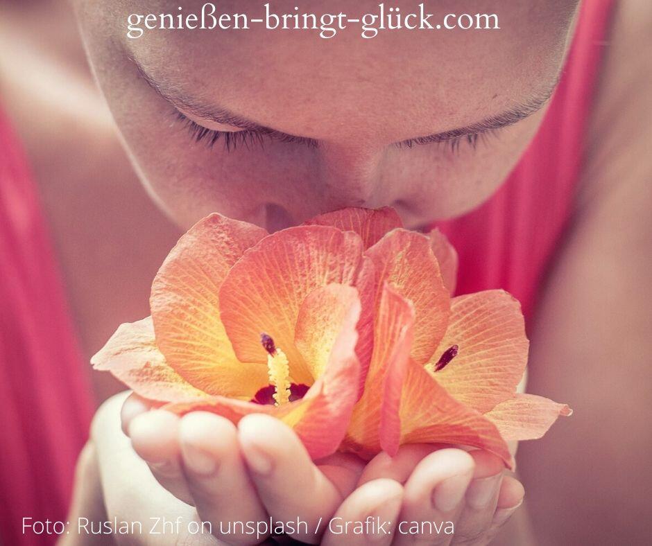 Genießen erfordert eine besondere Art der Konzentration. Dass man bei einem Dufterlebnis oft die Augen schließt, zeigt deutlich, wie man sich instinktiv auf eine einzige Form der Sinneswahrnehmung, das Riechen, zu fokussieren versucht, um vollkommen genießen zu können.