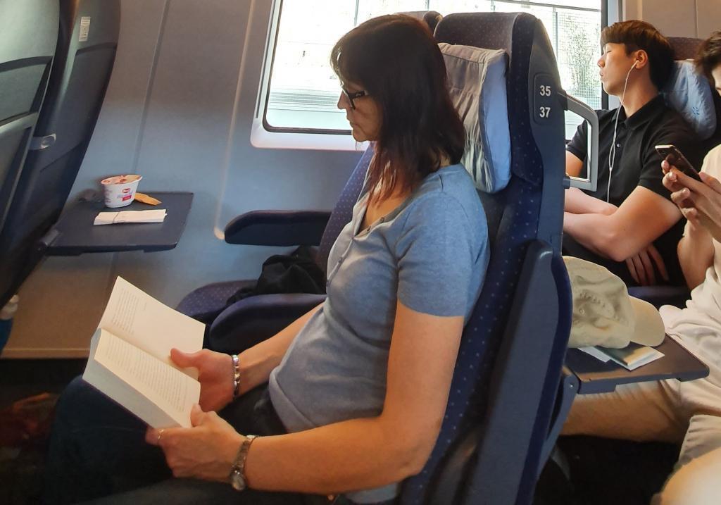 Lesepause beim Reisen